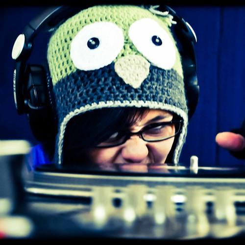 Ruthy Pearl's avatar