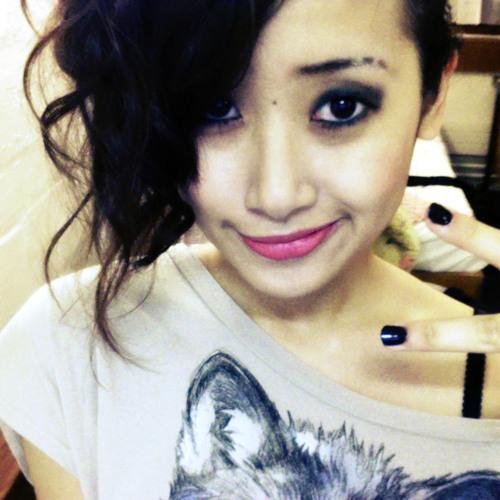 Effie Phan's avatar