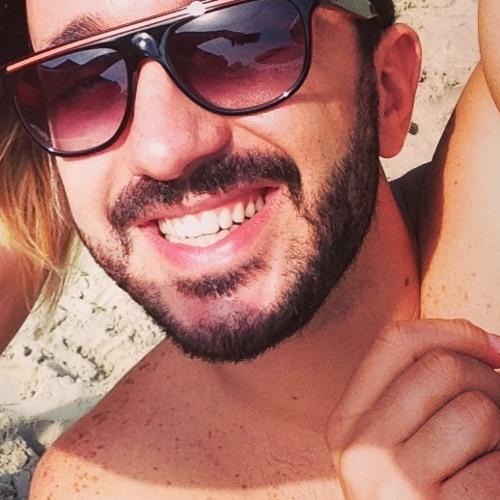 Luciano Pereira 5's avatar