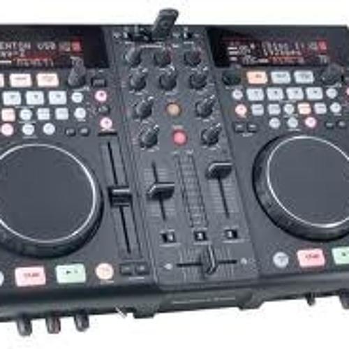 ((DJ NOLE)'s avatar