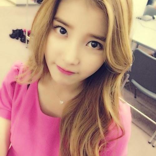 MH 민 혜's avatar