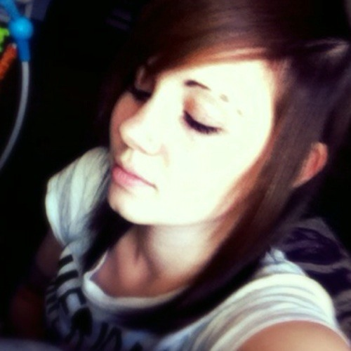 Courtney Carnage's avatar