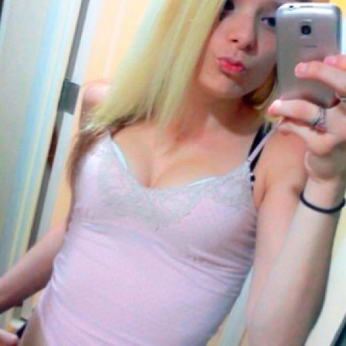 Heather powell <33's avatar