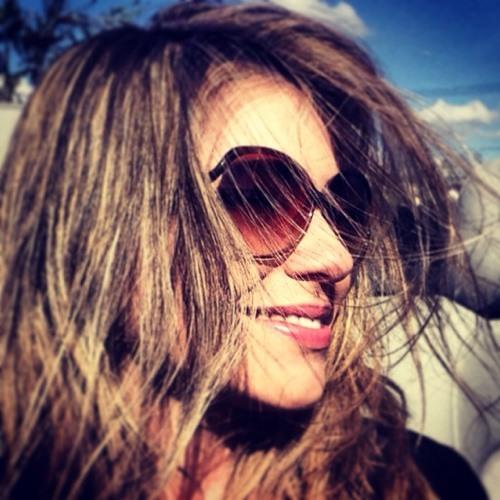 Marcela LeFe's avatar
