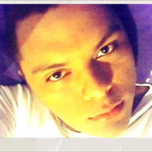 Luis Cleber Emidio's avatar