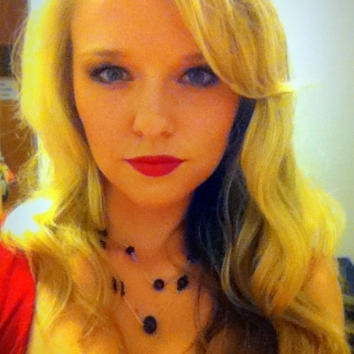 CaitlinSings's avatar