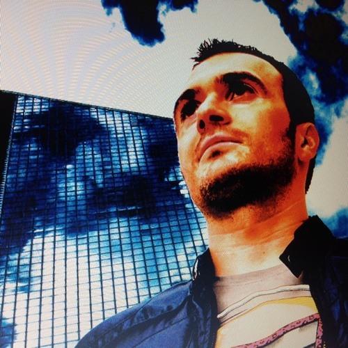 Robert Weiss Official's avatar