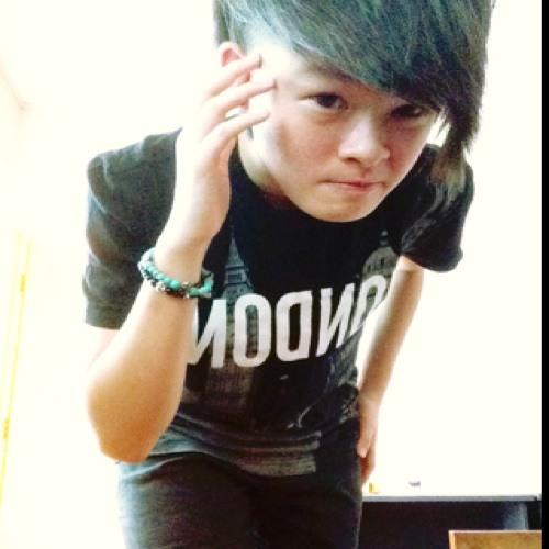 Low Kuan Yew Low's avatar