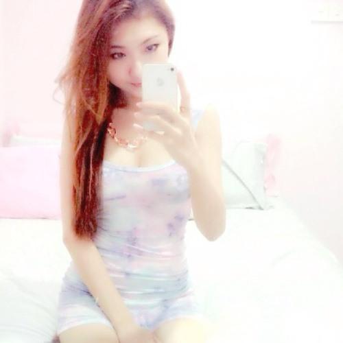 Chloe Chianz's avatar