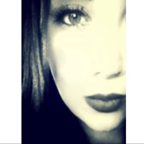 MandyCarias's avatar