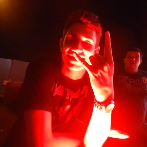 Felipe Barbosa 10's avatar