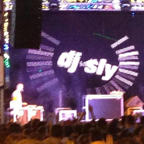 DJ-SLY-'s avatar