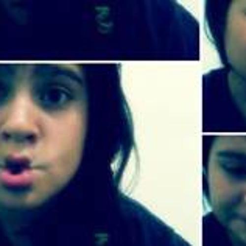 Ana Laura Gonzalez 3's avatar