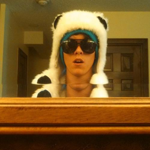 Char Ming's avatar