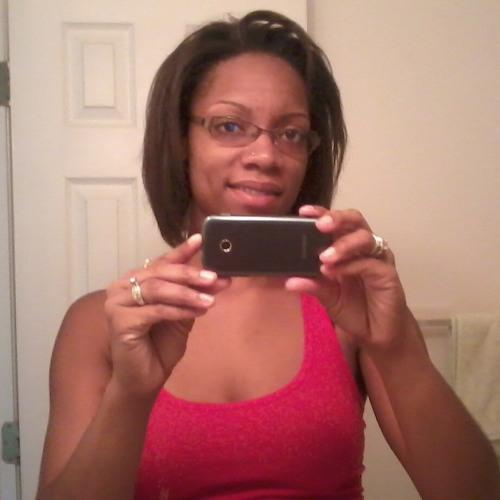 liz279's avatar