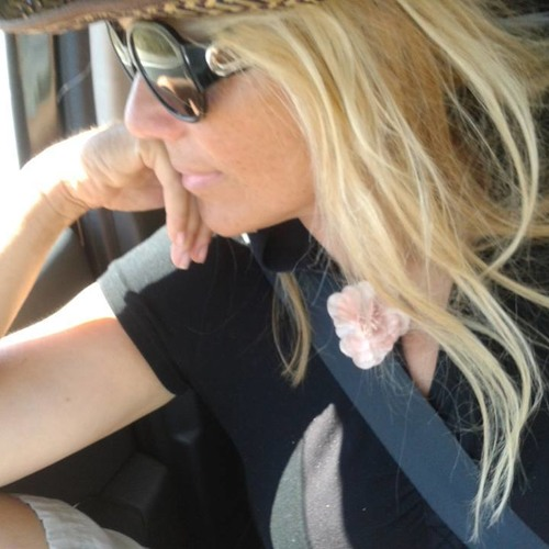 Catherine Caroff's avatar