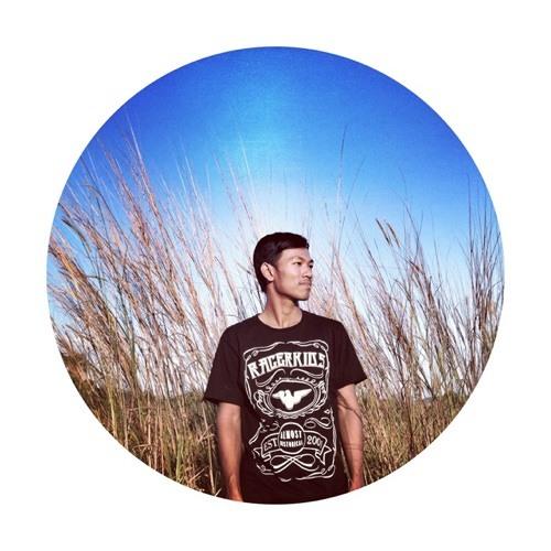 SannyDamang's avatar