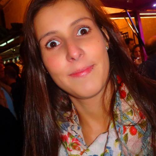 DanielaDamasceno's avatar