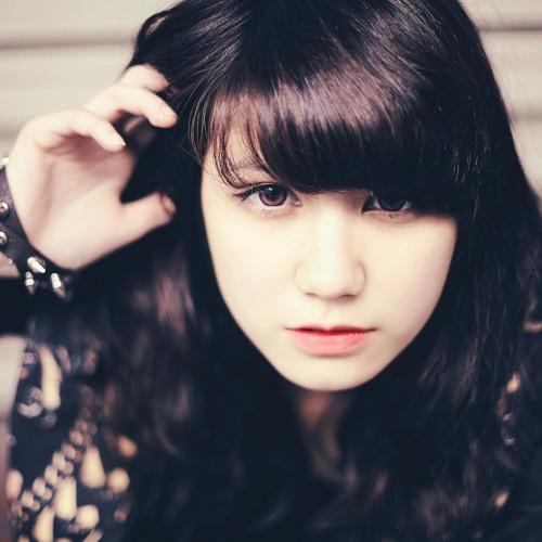LilyRose*'s avatar