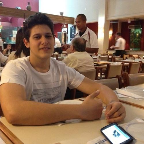 Vinicius Atique M's avatar