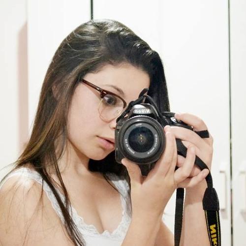 Eloíse Freitas's avatar