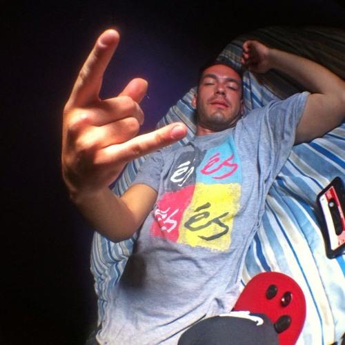 Nico Fernandez!'s avatar