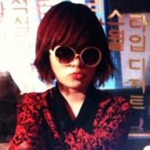 Myoung Sue Ha's avatar