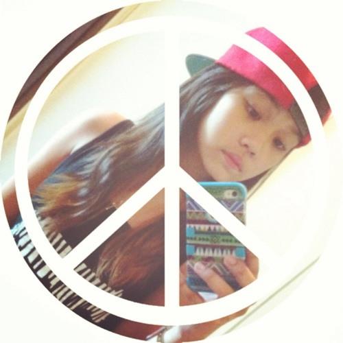 Giomariella Louis Iquiña's avatar
