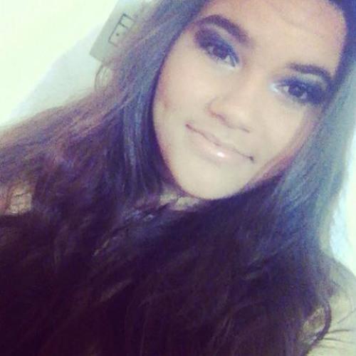 Emiliana Cristina's avatar