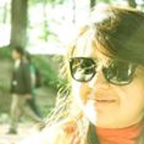 Tanzeel Asif's avatar