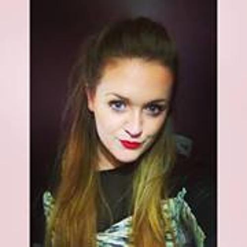 Emily Beth Moore's avatar