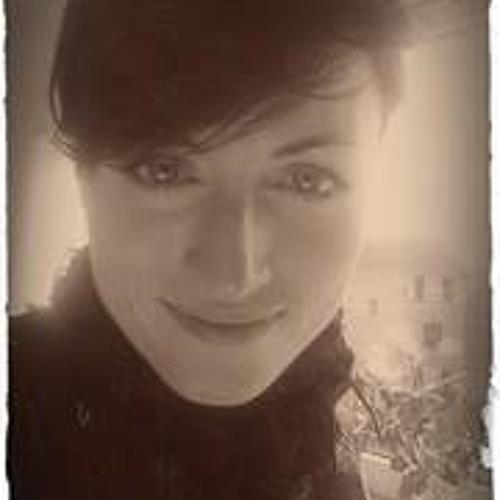 Marie Louise Bay's avatar