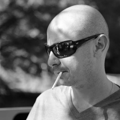 Luciano Ciasca Giaretta's avatar