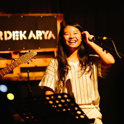 Jocelyn Chay's avatar