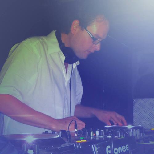 Stefan de Jong (DJ)'s avatar
