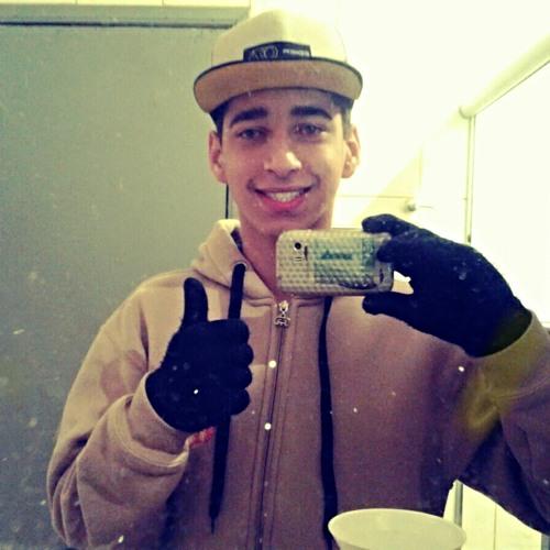 MichaelLuan's avatar