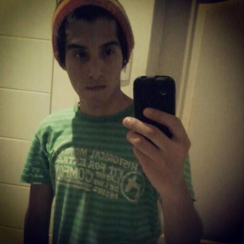 Victor Cavero's avatar
