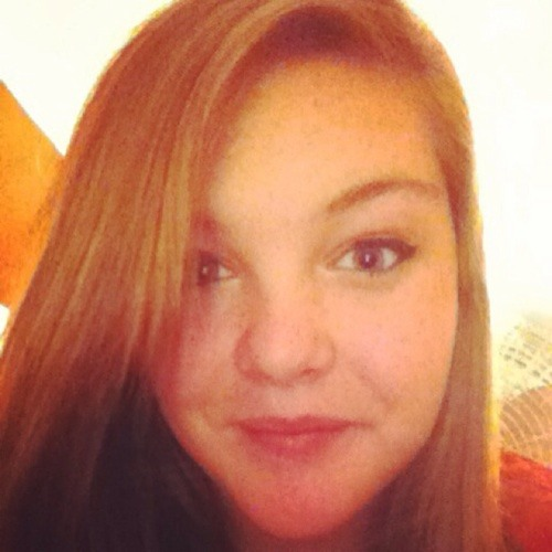 Hannah Brown 70's avatar