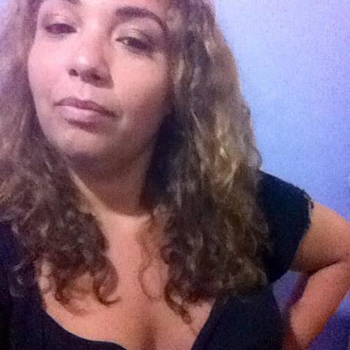 Carla Arminda's avatar