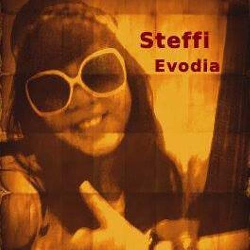 Steffi Evodia's avatar
