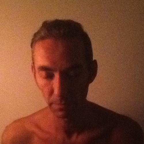 Alex D Thomas's avatar
