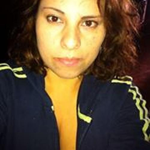 Vickita Fernandez's avatar