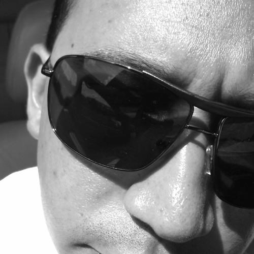 DJ FrankiE's avatar
