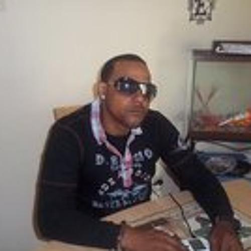 arvelo247's avatar