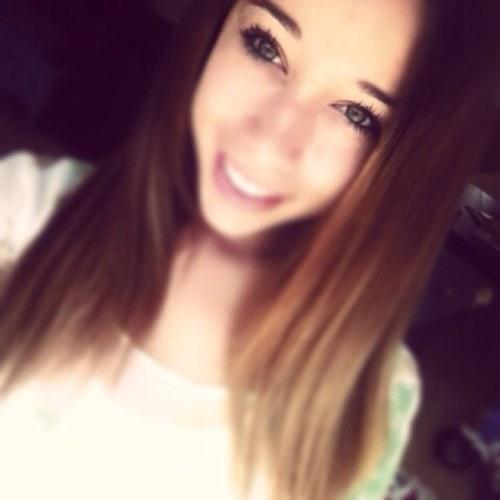GirlWhoNeedABoy's avatar