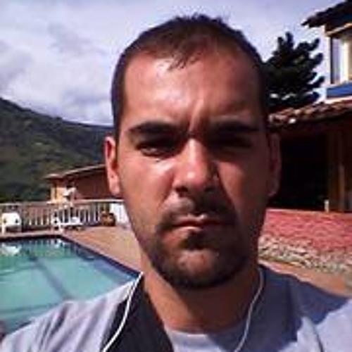 Sebastian  Velez Sanchez's avatar