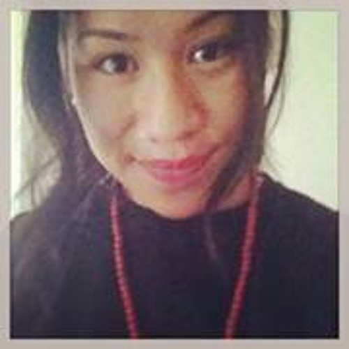 Lena Moga's avatar