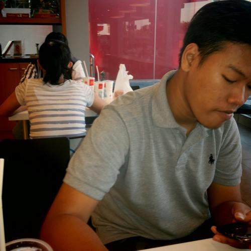 user907557300's avatar