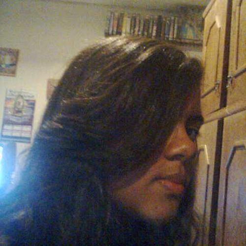 Cinthia Carla's avatar