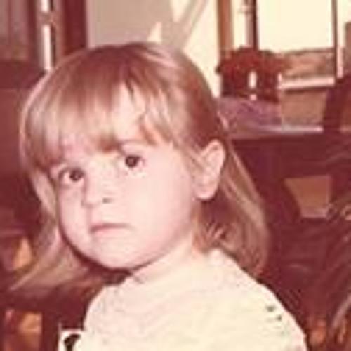 Carol Salgado 2's avatar